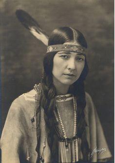 Te Ata - Chickasaw Storyteller